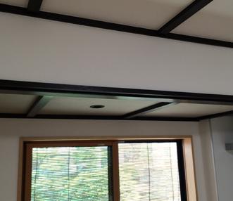 ダイニングキッチンの天井