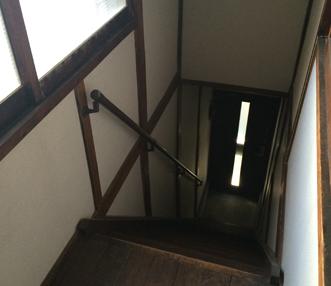 施工前に見下ろした階段