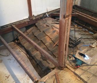 施工中に出てきた1階の屋根部分