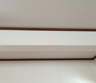 リビングの天井にある梁