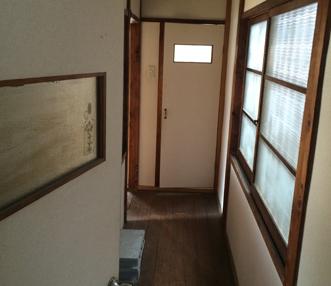 施工前の2階廊下