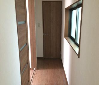 施工後の2階廊下