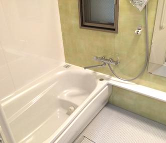 施工後の浴槽周辺