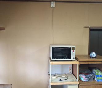 施工前の壁一面にタバコのヤニがついてたリビング