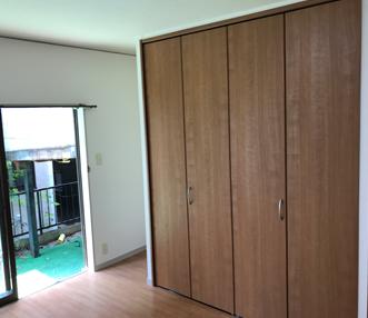 施工後の寝室