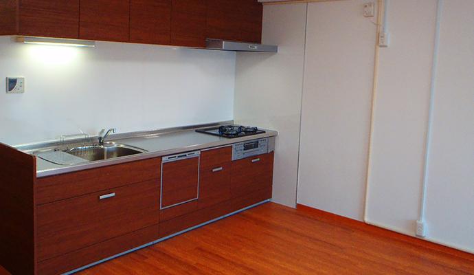 スケルトンリフォーム後のキッチン