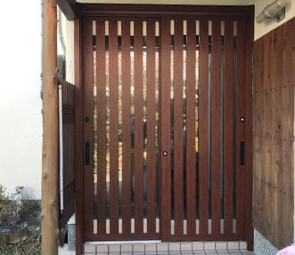 施工後の玄関引戸