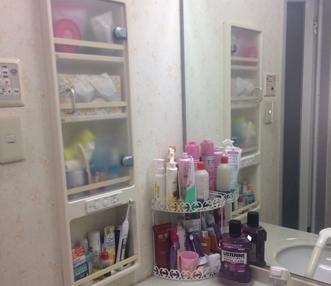 施工前の洗面の埋め込み収納