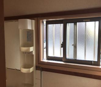 施工後の洗面脱衣室の窓