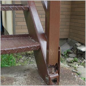 鉄骨階段の割れ