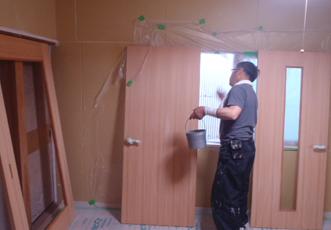 建具塗装中