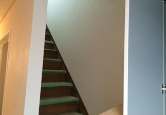 1Fから見上げた階段
