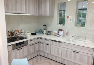 LIXIL RICHELLEのL型キッチン